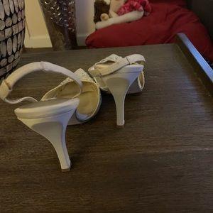 Nina Shoes - Nina dress shoes with rhinestones size 7